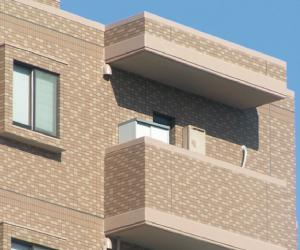 外壁タイル貼り仕上の建物の方へ